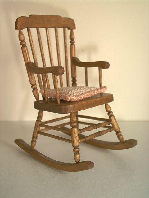 g nial rocking chair en bois 3 ancien rockingchair bois. Black Bedroom Furniture Sets. Home Design Ideas